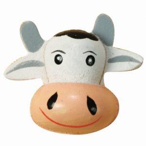 Lot de 8 têtes de vaches en bois peint